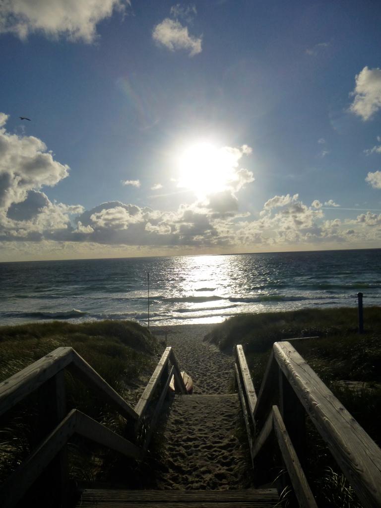 Sylt-Sonne-Strand-Meer-Glück-Treppe-Weg