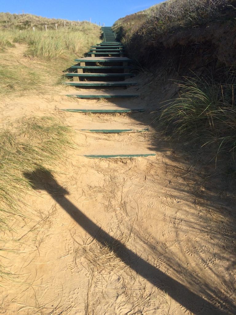 Sylt-Sonne-Sand-Dünen-Kliff-Glück-Himmel-Treppe-Weg